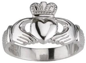 Символ - кольцо Кладдаха