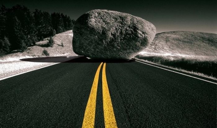 значение фразеологизма Камень преткновения